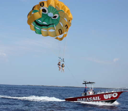 ufo parasailing