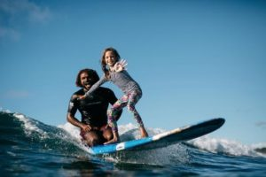 island-style-surf-school